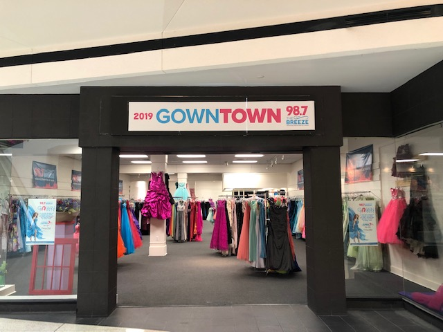 98.7's Gown Town