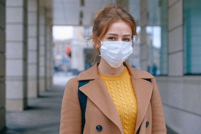 woman-wearing-face-mask-3902881